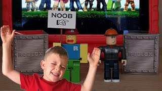 New Roblox Toy Unboxing! Charlie 4K