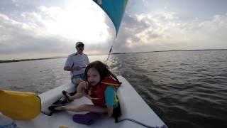 Video Sailing Hobie Bravo in Bogue Sound - Part 2 download MP3, 3GP, MP4, WEBM, AVI, FLV Oktober 2018
