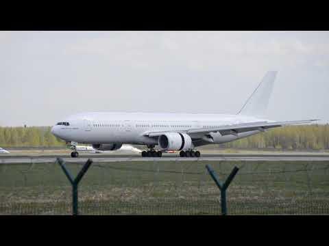 Boeing 777-21H(ER) VIM Airlines VP-BMR