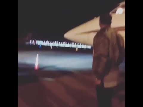Beyonce Hops Off Private Jet In Montreal