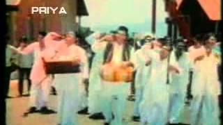 5 Rifles-9TH OF AUGUST 1974 - Jab se Sarkar ne Nashabandi Tod Di,Hamneh Peeneh Chodh Di !