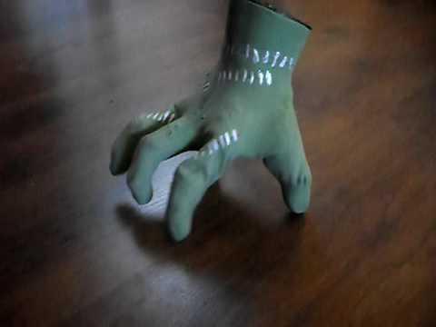 Hand Solo Thing Halloween Prop Walking Frankenstein Hand & Hand Solo Thing Halloween Prop Walking Frankenstein Hand - YouTube