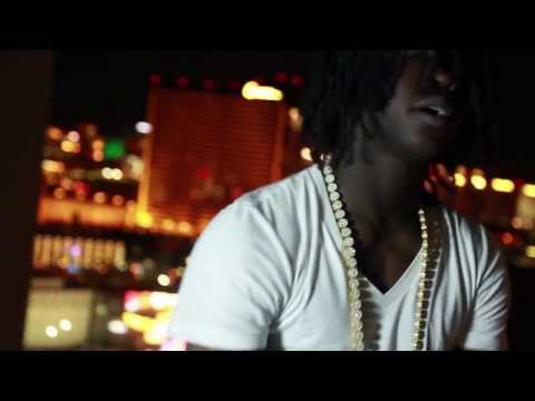 CHIEF KEEF FT D.FLORES ( LET IT BLOW ) Official Video  PROD BY YOUNG CHOP