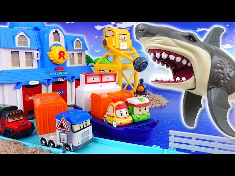 Thumbnail: Giant Shark in The Brooms Harbor~! Robocar Friends It's Rescue Mission