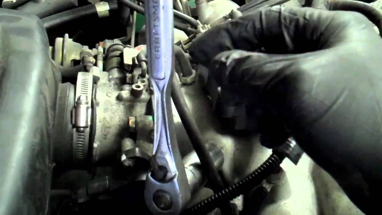 how to change the pcv valve on your subaru [ 1280 x 720 Pixel ]