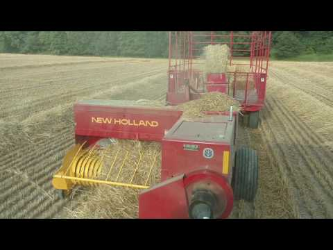 Bailing the last of the 2016 wheat straw new Holland 570 square bailer