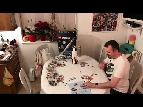 Lego Saturn V model build - time lapse