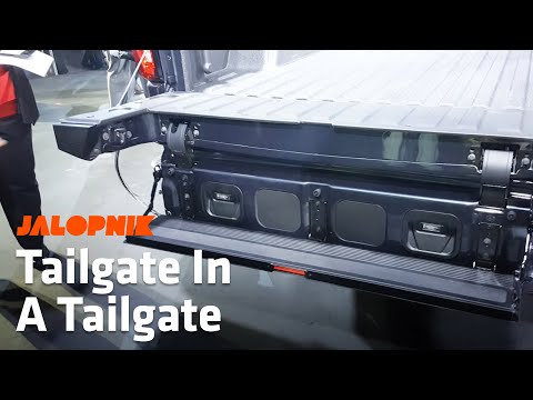 How The 2019 GMC Sierra's MultiPro Tailgate Works