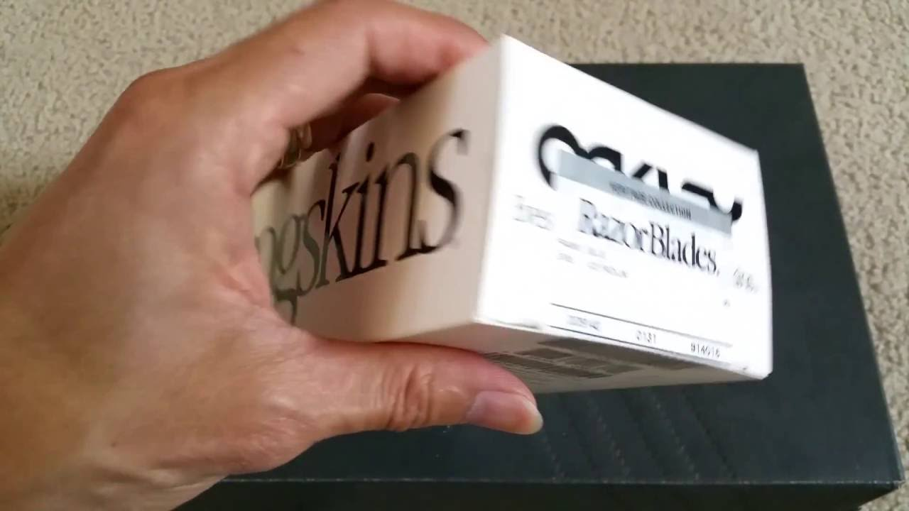 4331cce0df Unboxing OAKLEY Heritage Collection Razor Blades Blue with ICE Iridium 2016