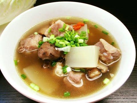 ซี่โครงอ่อนหมูตุ๋นยาจีน  Stewed pork ribs with Chinese herbs