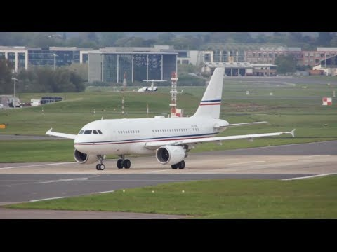 Business Global Jet Luxembourg Airbus A319 soft landing at Farnborough London