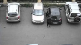 Выезд с парковки.AVI