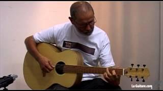 Modèle Léonardo en Platane par Jacky Walraet - The Holy Grail Guitar Show - Novembre 2014