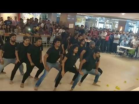 Ganpati Bappa Morya - Sada Dil vi Tu   ABCD   FlashMob   Ganapati Special   EON   M & M Crew