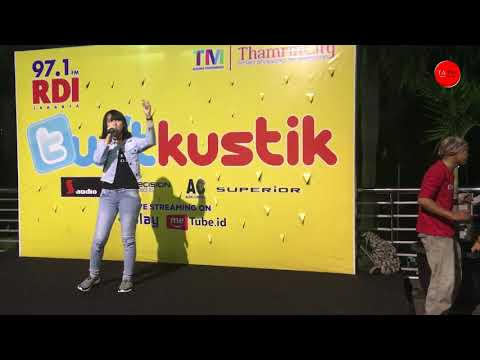 Happy Asmara - Tewas Tertimbun Masa Lalu  (Live Perform RDI Twitkustik)