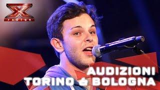 Lorenzo canta e Fedez si commuove