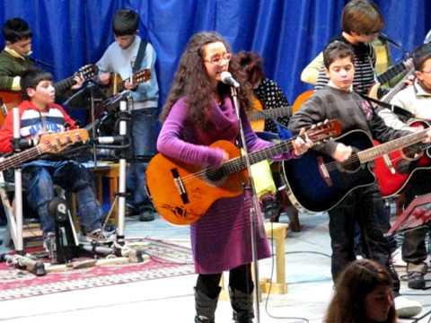 """Concerto per la vita 2008 """"Last Christmas"""" (canta ..."""