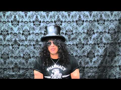 #AskSlash – Episode 1, Learning To Play Guitar
