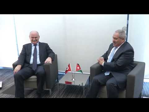 Turkish FM meets Jordan's minister of foreign affairs Nasser Judeh in Paris