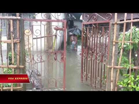 Ấn Độ chống chọi với lũ lụt (VOA)