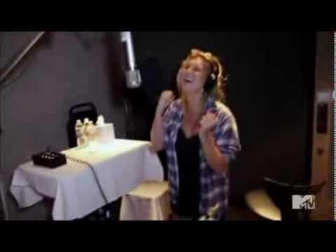Ke$ha Recording 'Last Goodbye' In The Studio