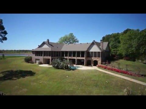 Pelican Point Lake Estate, Lake Palestine, Texas.