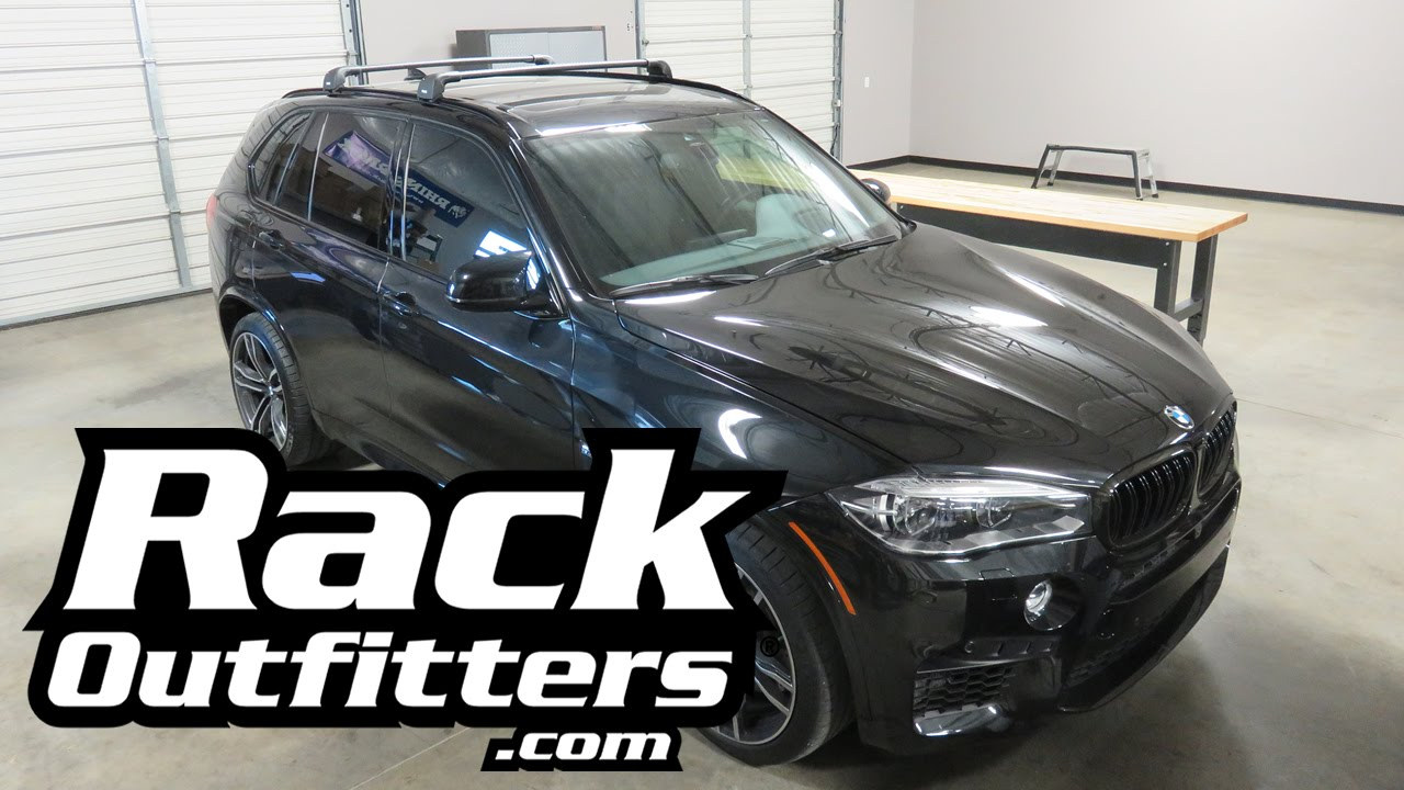 BMW X5 With Thule AeroBlade EDGE Roof Rack Crossbars