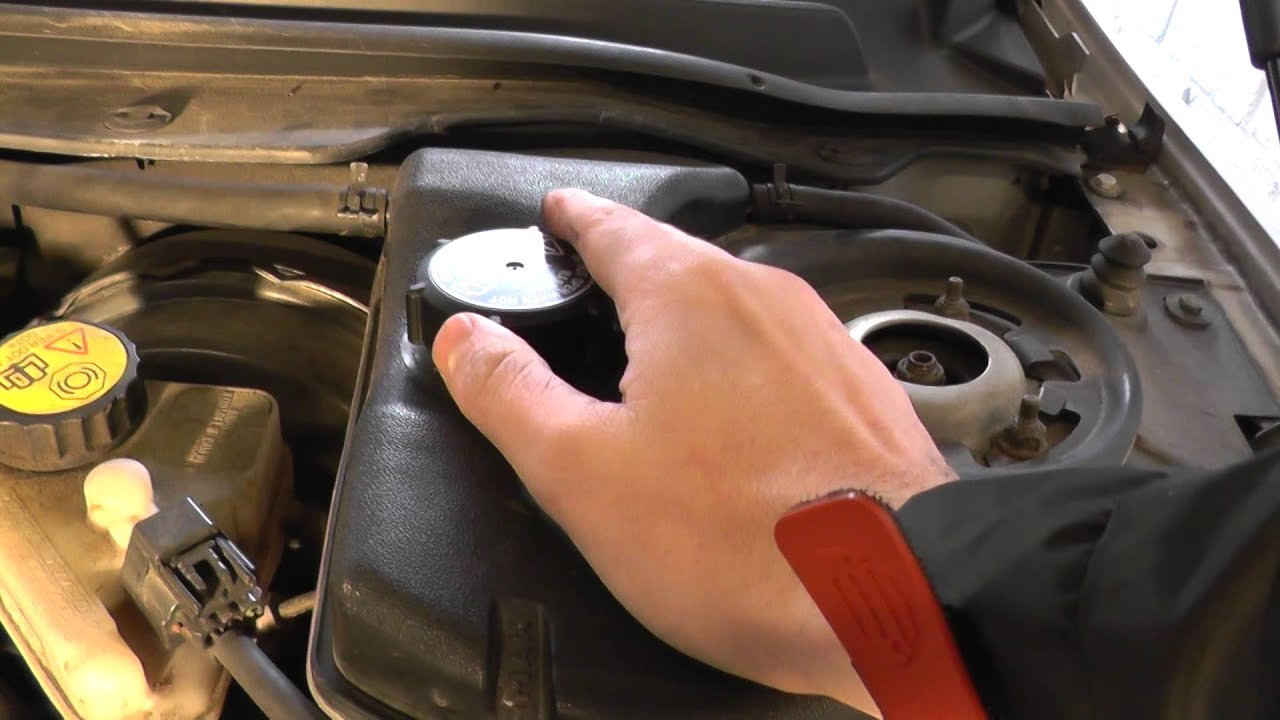 Jaguar X Type Engine Coolant Top Up Location Guide on