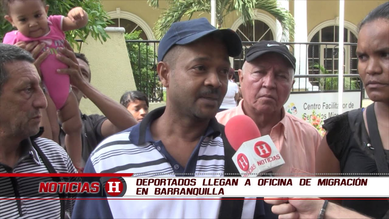 Deportados llegan a oficina de migración en Barranquilla ...