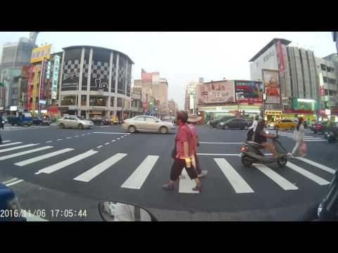 台中市復興路三段 文化創意產業園區 車禍