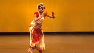 Madu Meikkum Kanna Danced by Shaaranya Pillai
