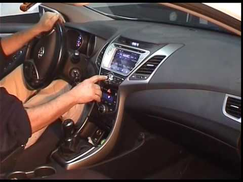 GPS Hyundai Elantra Instalacin GPs Elantra How to remove unit radio Hyundai