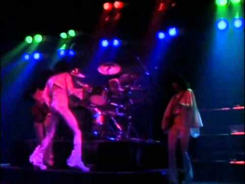 Queen - Live at the Hammersmith Odeon (12/24/75) FULL CONCERT