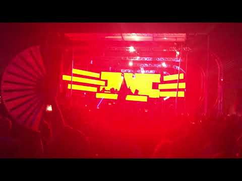 Slander Live At Ubbi Dubbi 2019