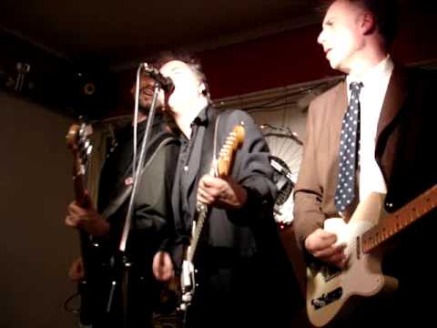 Plastic Pals - She's going back - live 2008 video shoot