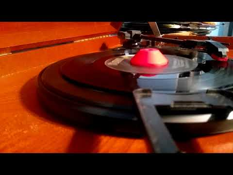 """Dolly Parton- """"Here You Come Again"""" (45 RPM)"""