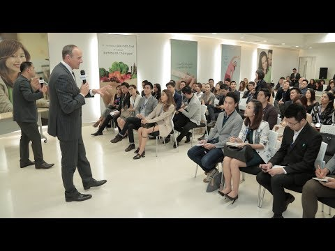 Open Meeting with Doug DeVos & Steve Van Andel: Checking In - Asia & North America (2.3)