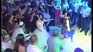 Не Реально Красивая Невеста Танцует Лезгинку 2013