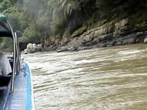 ADVENTURE BOAT RIDE IN MAHAKAM RIVER, BORNEO ISLAND MOV00352