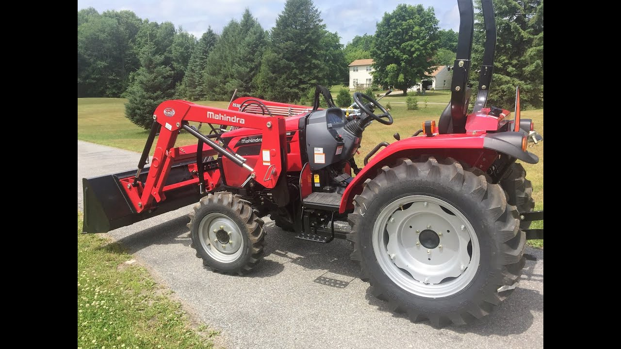 Mahindra 2500 Series 2538 Tractor Information and Walk Around