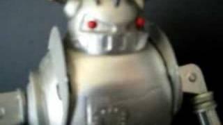 Schylling ZATHURA wind up tin toy robot (2005)