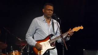 The Robert Cray Band - Sitting on Top of the World
