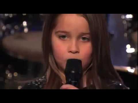 Niña canta gutural en reality de tv