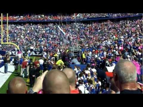 Thurman Thomas Leads the Buffalo Bills Out vs Philadelphia E