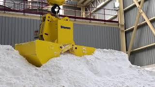 STEMM Clamshell Grab for handling salt