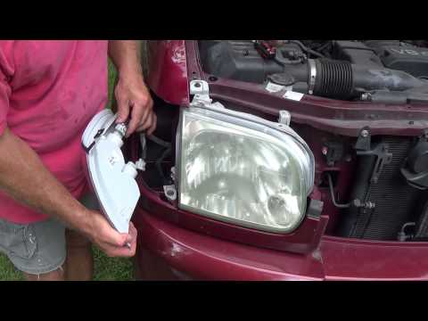 How to replace a turn signal light or lamp or entire housing on 2006 Toyota Tundra.