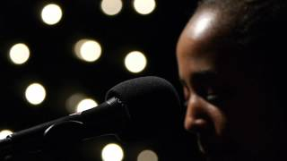 Cold Specks - Old Stepstone (Live on KEXP)