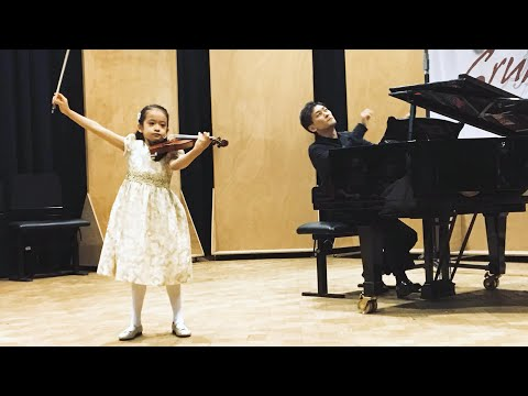 Himari YOSHIMURA - 7 yo Japan - 1st Grand Prize - Grumiaux Competition 2019 - Paganini Caprice n° 13