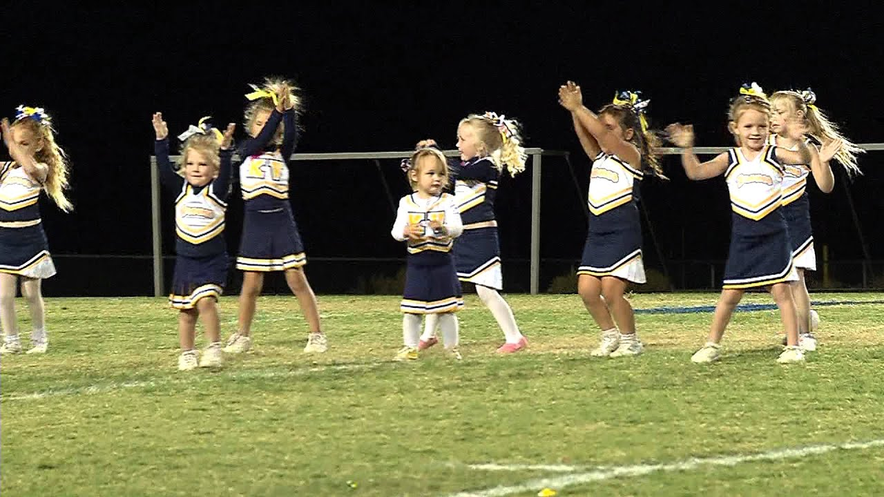 Cheer Squads at Kern Valley High School Homecoming - YouTube
