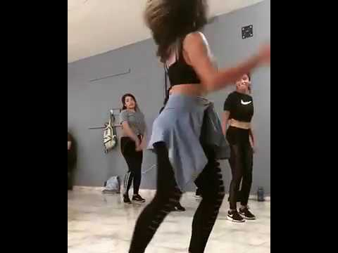 I took a twerking class to shake my ass, and now i can't stop